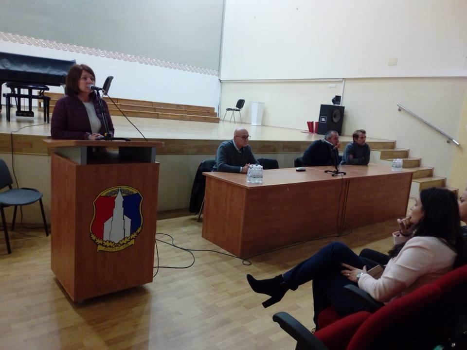 Članovi zajednice Cenacolo održali predavanje posuškim osnovnoškolcima