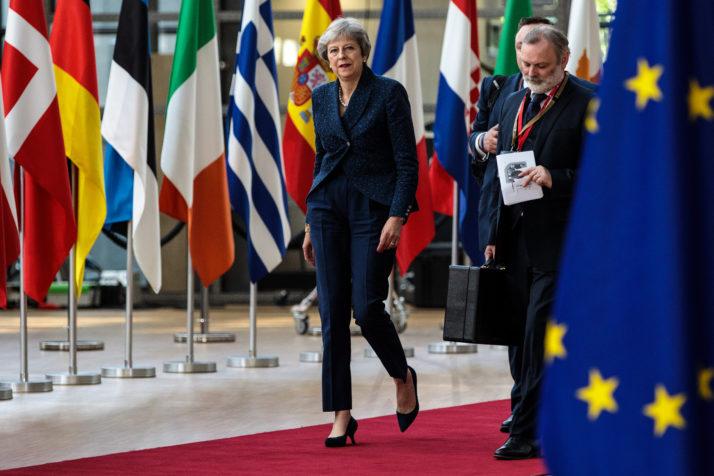 Ponoćni dogovor u Bruxellesu: EU i Theresa May odgodili Brexit do 31. listopada!