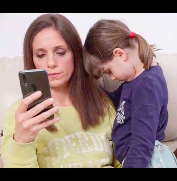 VIDEO Šestogodišnja Aura: Može li bar jedan dan, bit dan bez mobitela