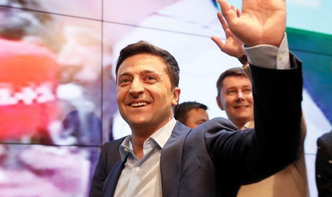 Ukrajinski komičar Zelenskij pobijedio na predsjedničkim izborima