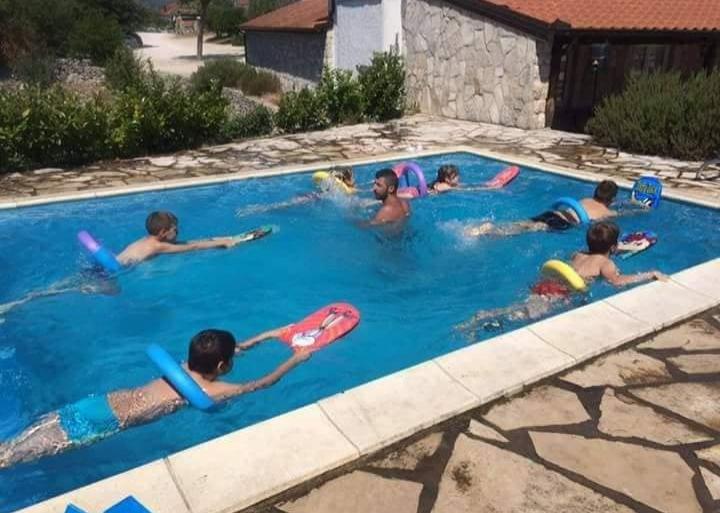 Kreće s radom škola plivanja u Grudama