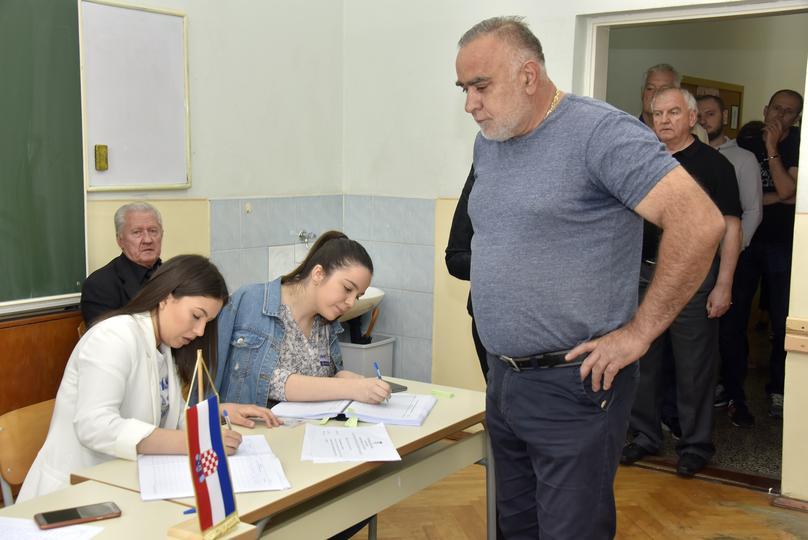 Izbori za Europski parlament u BiH protječu bez problema