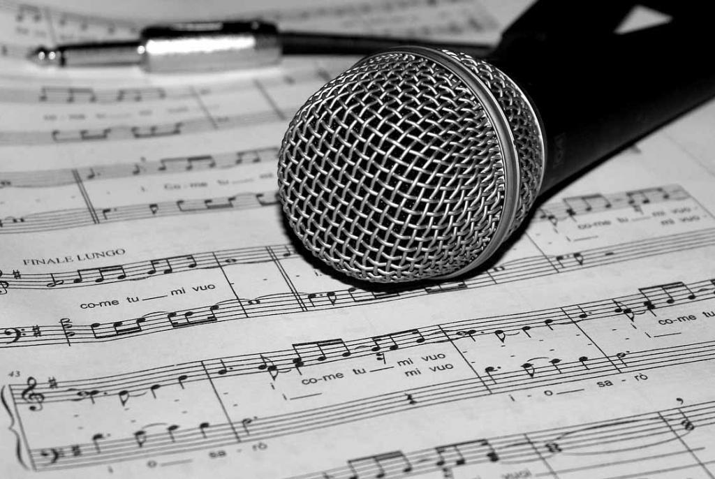 25 pjevača amatera iz Širokog, Mostara, Imotskog, Posušja, Neuma, Gruda, Ljubuškog u petak u Širokom
