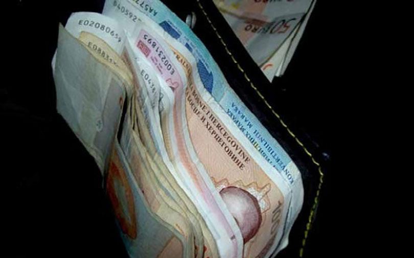 Najveća prosječna plaća u Sarajevskoj županiji, u HNŽ-u druga a u ŽZH peta