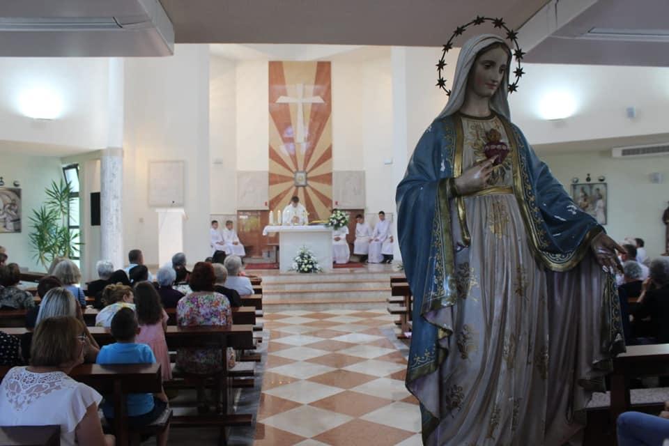 BROĆANAC: Proslavljen patron župe Kraljice mira