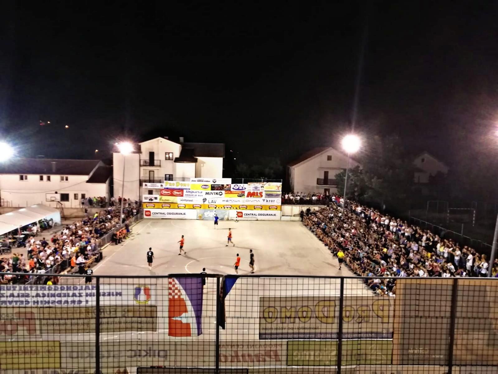 Odigravanje liga mjesnih zajednica pod upitnikom