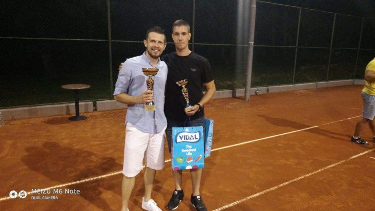 Ivan Čolak pobjednik teniskog turnira rekreativaca u Posušju