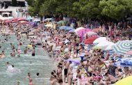 Baška Voda posljednjih je 15-ak dana puna, sada je tu negdje oko 12.500-13.000 gostiju