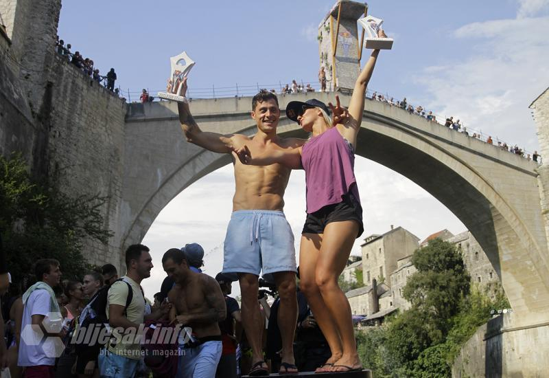Popovici i Iffland pobjednici Red Bull Cliff Diving skokova u Mostaru