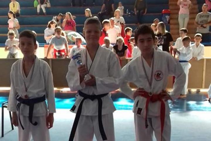 Karate: Tri odličja za posuške borce na DBG OPEN-u