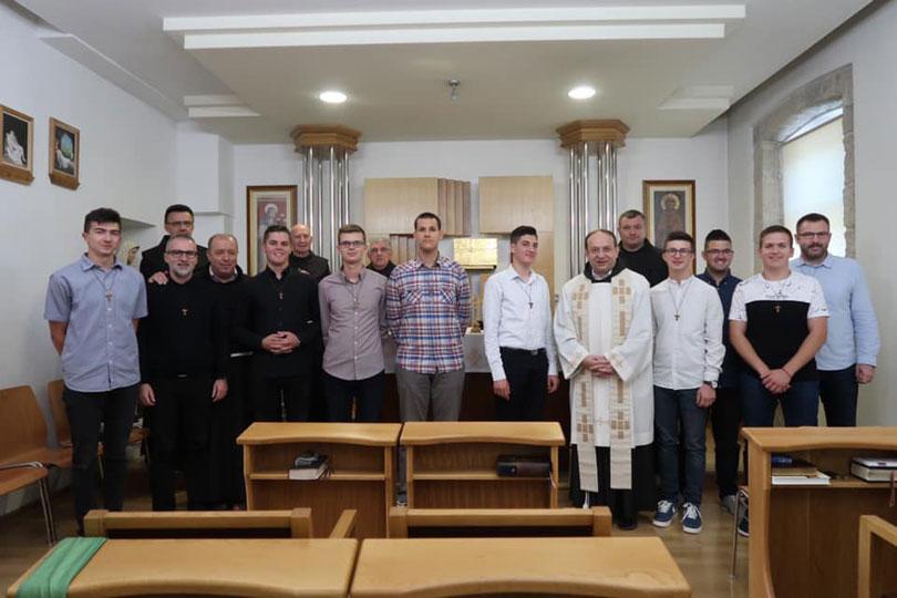 Posušanin Antonio Ramljak među deset mladića iz Hercegovine koji su započeli godinu postulature