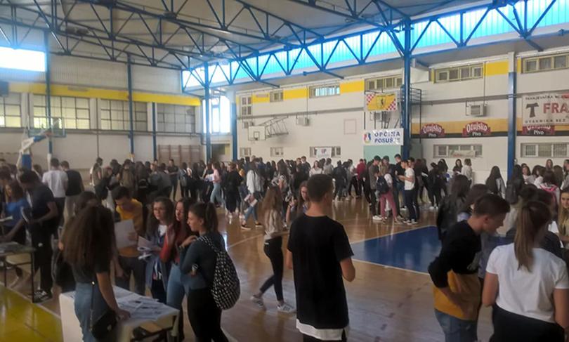 Posušje: Velik broj maturanata na sajmu fakulteta Sveučilišta u Zagrebu