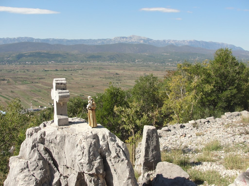 PRIRODA: Skulpture prirode i nadarenih kipara