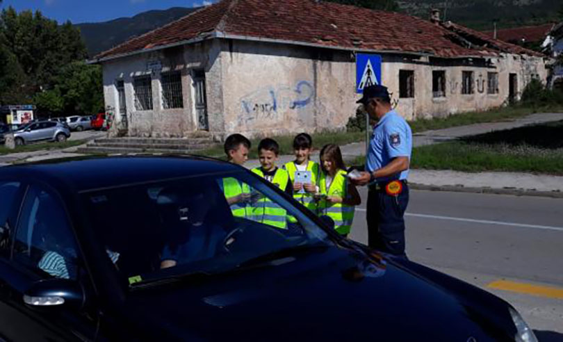 """MUP ŽZH provodi akciju """"Djeca sigurna u prometu"""""""