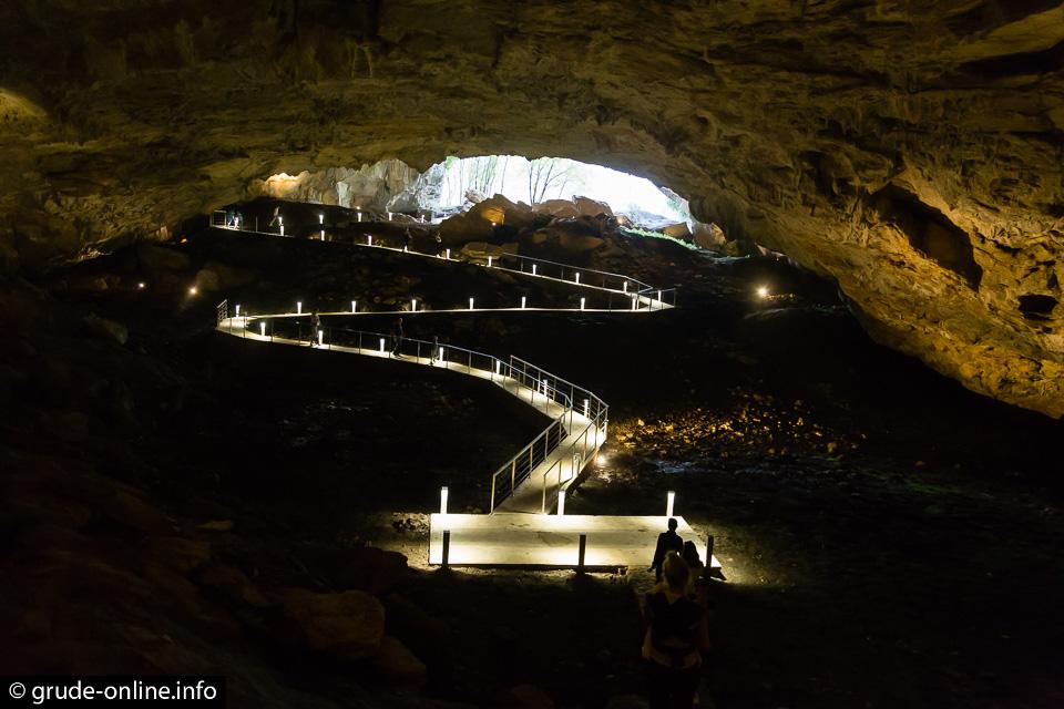 Obnovljena Ravlića pećina, otvoren Zip line kojim letite 100 km/h – nova turistička atrakcija Hercegovine