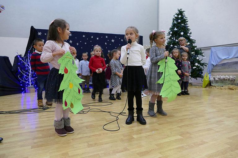 """Održana Božićna priredba dječjeg vrtića """"Bajka"""" Posušje"""
