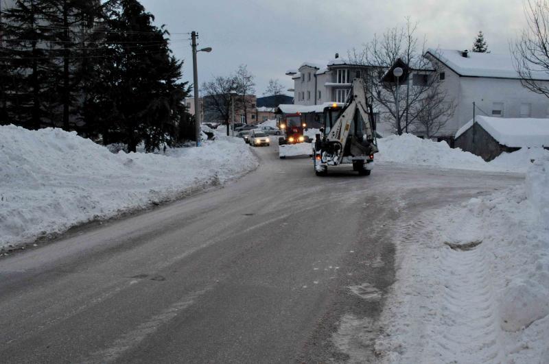 ZIMA U POSUŠJU: Snijeg nekad i sada