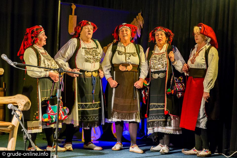 Božićno silo u Grudama okupilo vrhunska imena iz svijeta guslarstva i gange