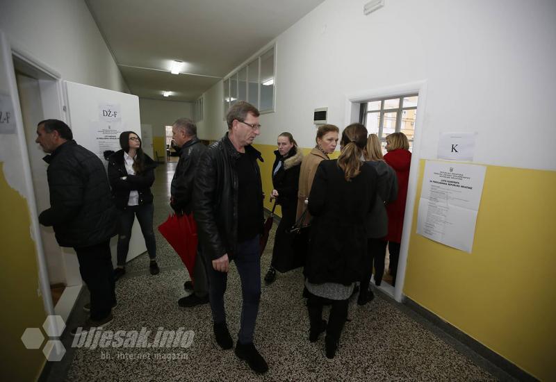 UŽIVO: Prvi u BiH donosimo potpuno točne informacije izravno s birališta u BiH