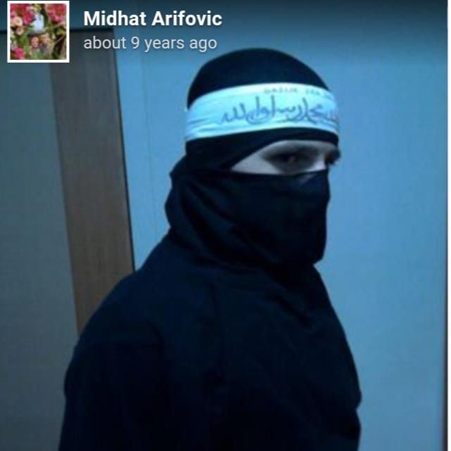 Pripadnik OS BiH u odori ISIL-a !