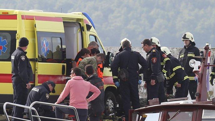 HRVATSKA: Pao helikopter, tijelo pilota su izvukli ribari