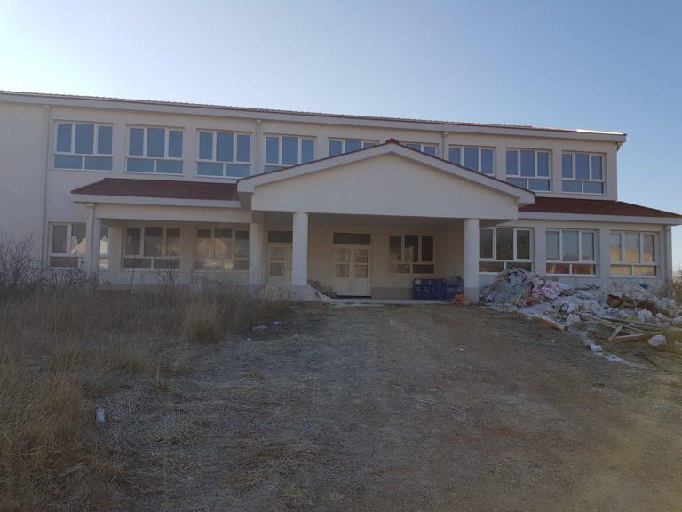 [FOTO] Zavirili smo u unutrašnjost nove osnovne škole