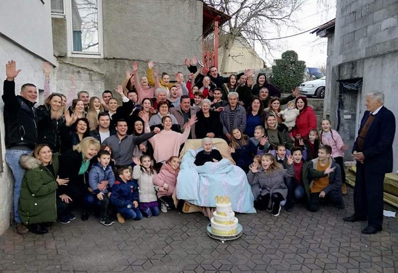 Baka Janja iz Gruda proslavila 100. rođendan