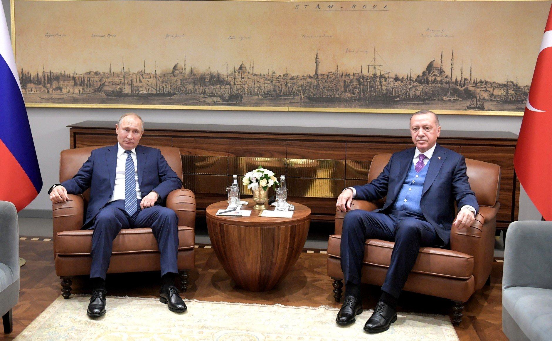 Putin i Erdogan traže trajni prekid vatre u Libiji, sve snažniji i angažman EU-a
