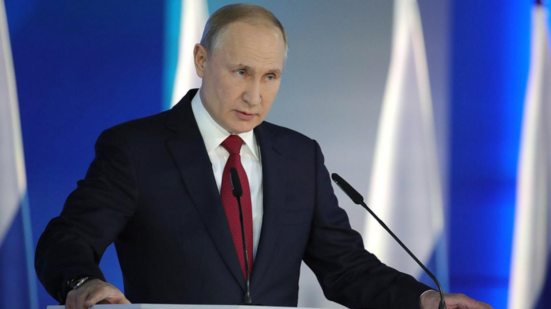 Putin najavio svoj doživotni mandat i srušio rusku vladu