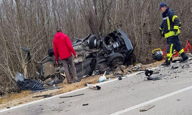 Stravična prometna nesreća u Grudama