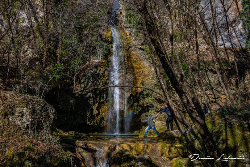 "Foto klub Fokus ""fokusirao"" vodopad Žukovica kod Posušja i divlje konje na Borovoj Glavi"