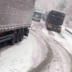 Zatvoren promet za sva vozila na magistralnim cestama Kupres-Šuica i Glamoč-Mlinište