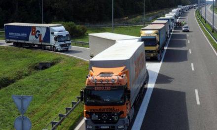 Najmanje 150 vozača iz BiH bilo blokirano u Italiji, očekuju ih problemi i na drugim granicama