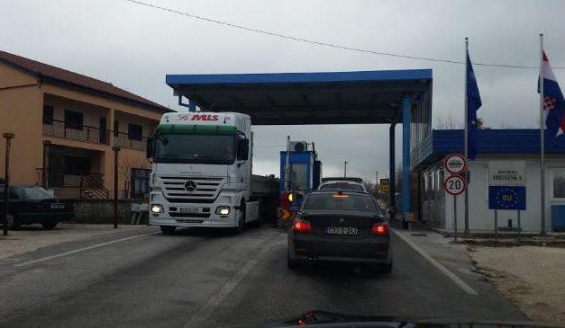 FSCZ: Osigurati šatorske prostore za privremeni boravak državljana BiH na GP Osoje