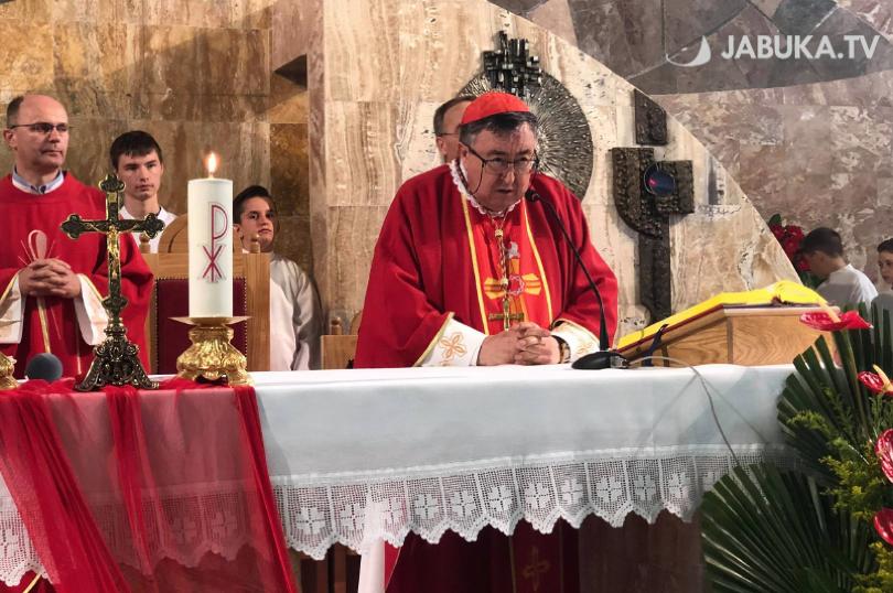Kardinal Puljić na Kočerinu: Kad sam ušao u ovu crkvu shvatio sam da ona ima budućnost