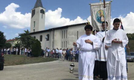 Vinjani: U susret svetoj Ani