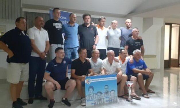 Veterani iz Livna pobjednici nogometnog memorijala u Posušju