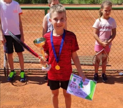TENIS: Rafael Penava osvojio Yoshi CUP u Mostaru