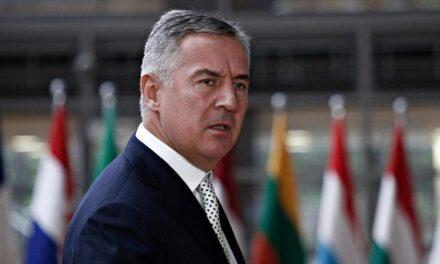 Đukanović izgubio vlast nakon tri desetljeća, čelnik prosrpske koalicije proglasio pobjedu