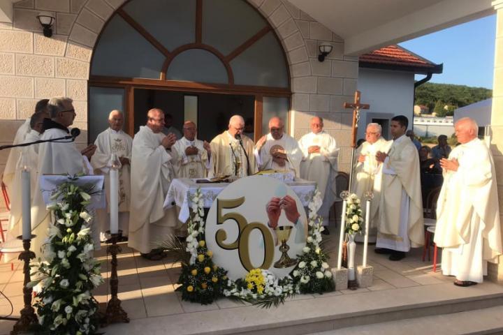 Vinjani: Zlatna misa fra Vlade Lončara