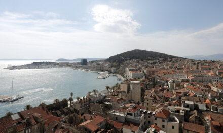 Zbog porasta broja oboljelih uvedene stroge mjere za Split i okolicu