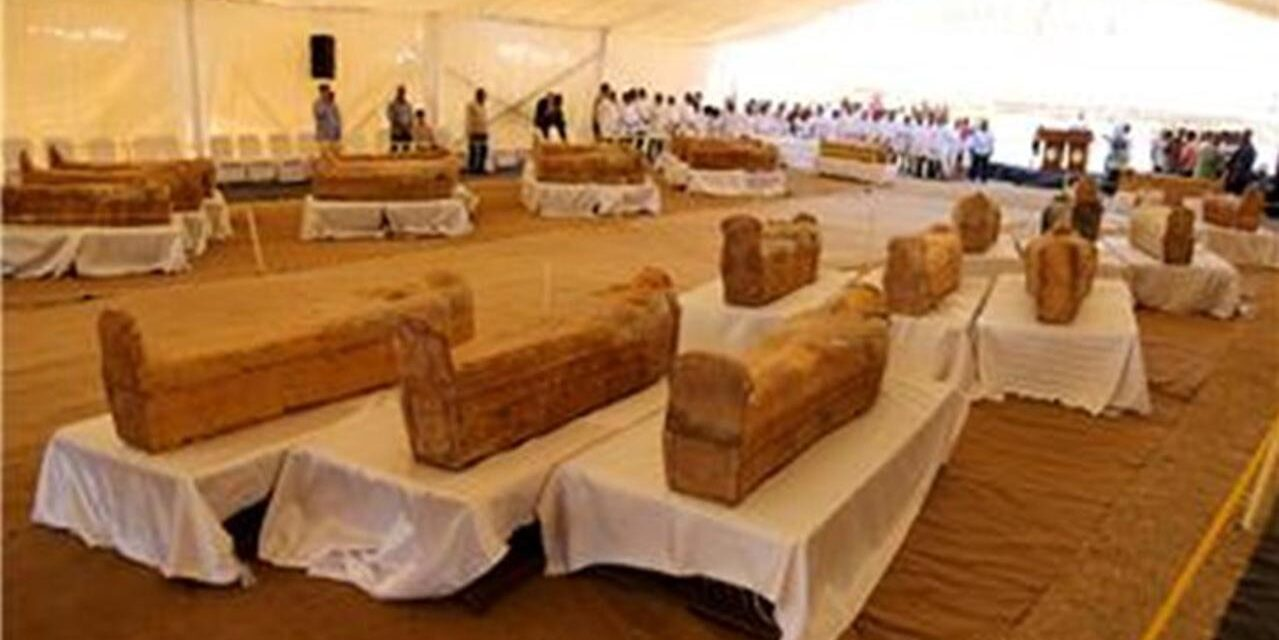 Veliko otkriće: U Egiptu pronađeno prvo 13, pa još 14 sarkofaga starih 2.500 godina