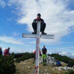 """I BIH IMA SVOJ """"LONDON"""": Planinar iz BIhaća popeo se na križ i pozirao!"""