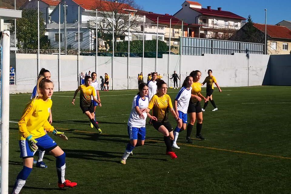 Više od 90 mladih nogometašica na turniru u Posušju