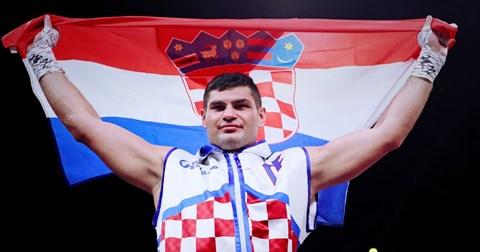 Filip Hrgović dominantno do 12. pobjede u karijeri, slavio je tehničkim nokautom