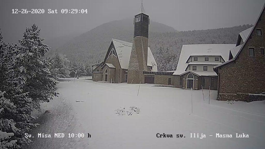 Snijeg zabijelio brojne gradove u BiH, očekuje se i idućih dana