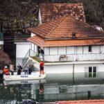 FOTO: Poplava u Vrgorcu sve gora, ljudi plove do kuća