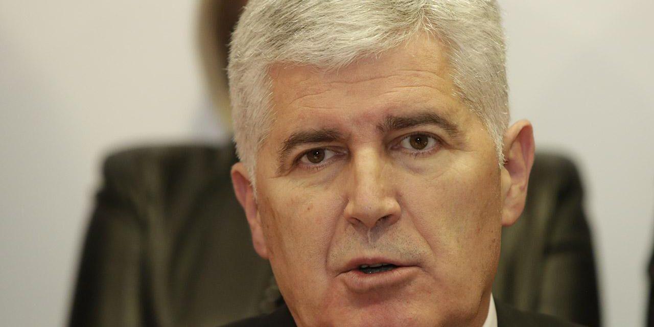 Čović uputio sućut povodom nesretne smrti osmero mladih osoba u Posušju