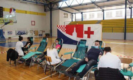 U Posušju danas krv doniralo 56 osoba