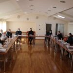 U općinskoj vijećnici danas je održan sastanak članova Stožera civilne zaštite općine Posušje.
